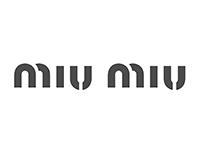 ラグジュアリーブランド ミュウミュウ MiuMiu