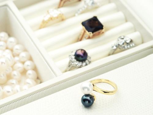 宝石を高価買取してもらうための保管方法 直射日光を避けて保管